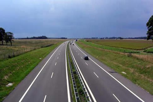 Chinese offer 783 million Euros in loans for highways in FYR Macedonia