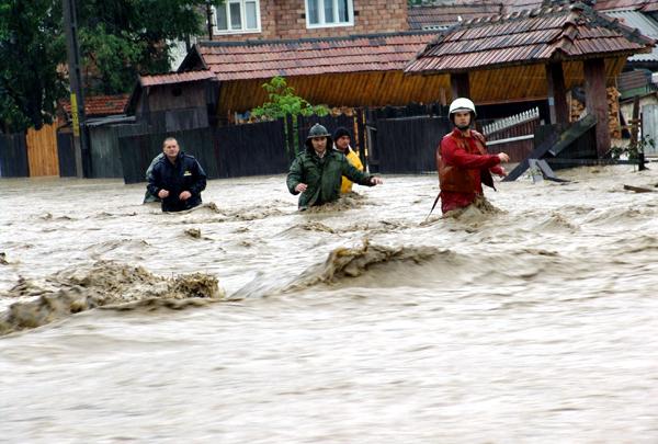 Floods sweep southern Romania