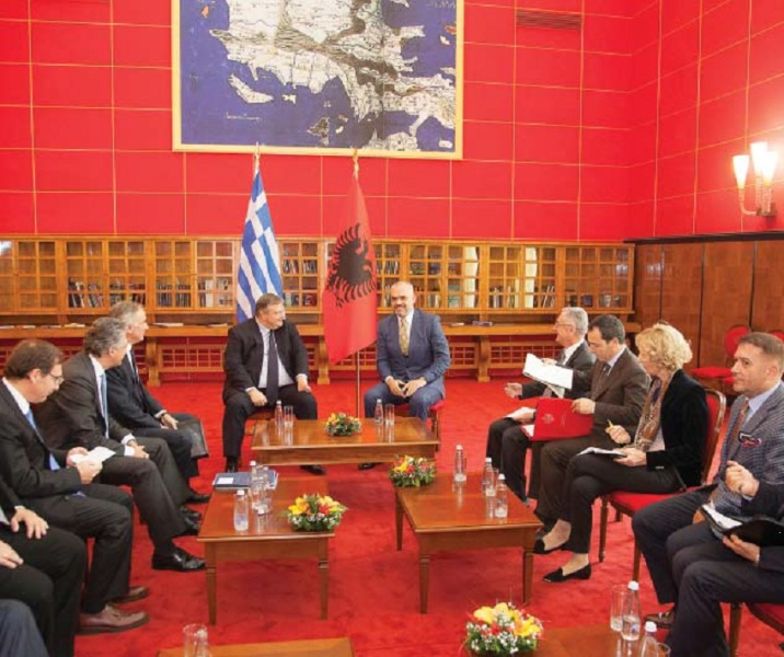 """""""War"""" and """"Peace"""" in the Albanian-Greek relations"""