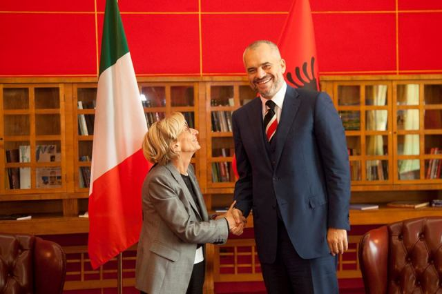 Premier Rama receives the Italian Foreign Minister