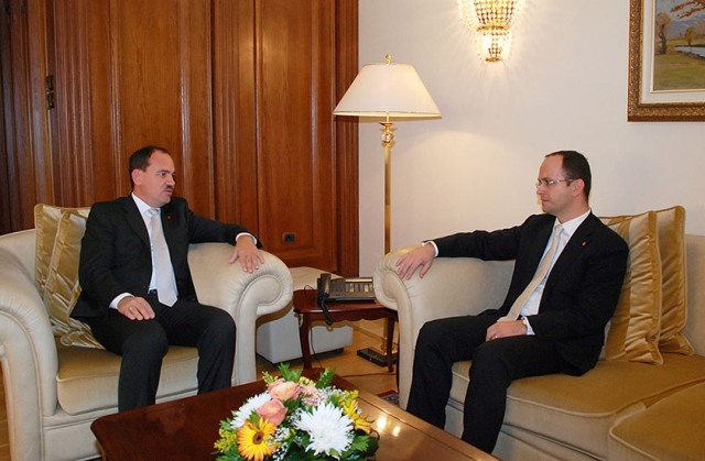 President of Republic holds a meeting with the new Foreign Minister