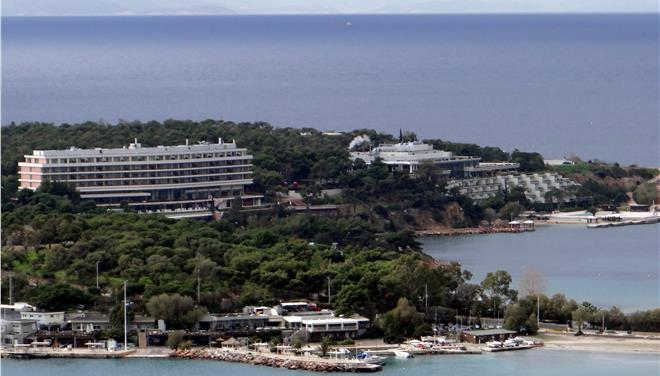 Four bids tabled for Asteras Vouliagmenis hotel complex