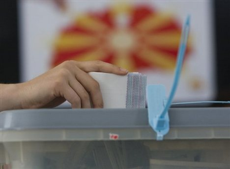 Political parties in FYROM prepare for early elections