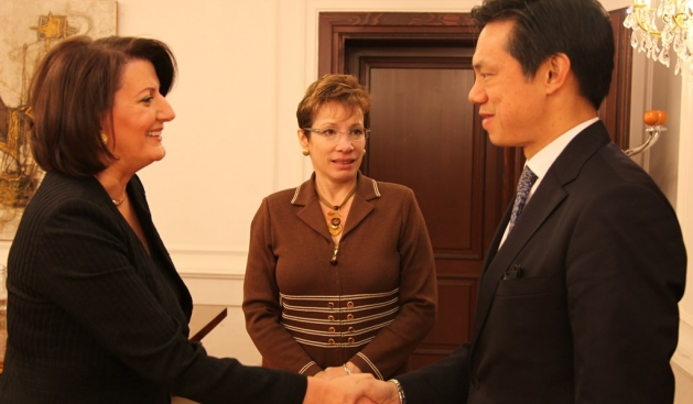 President Jahjaga meets with vice assistant US Secretary of State, Hoyt Yee