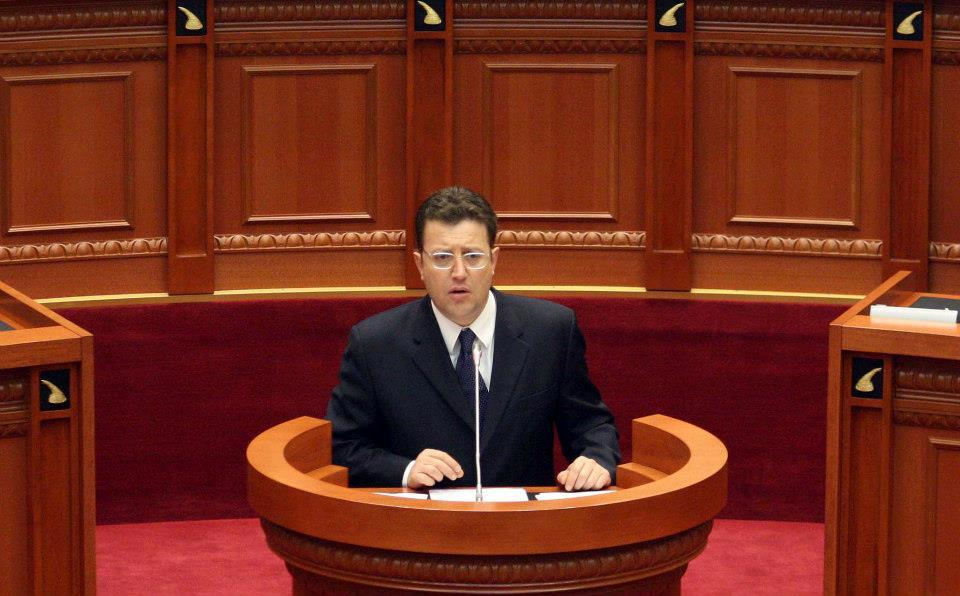 Democrat MP Sokol Olldashi dies in a road accident