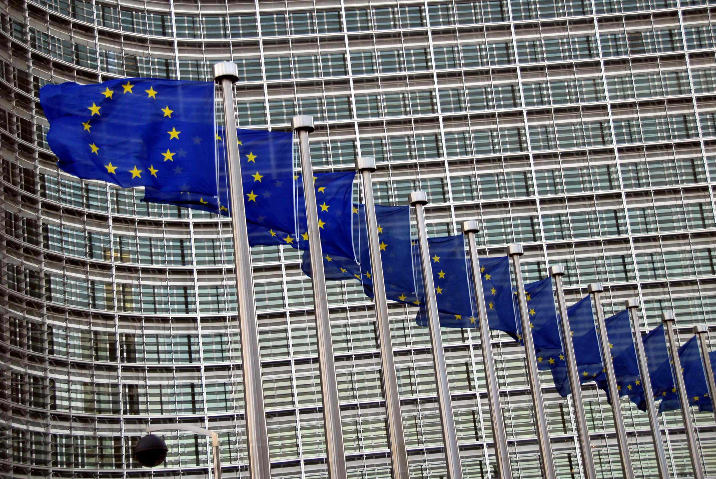 Commission warns Slovenia for not complying with EU regulations