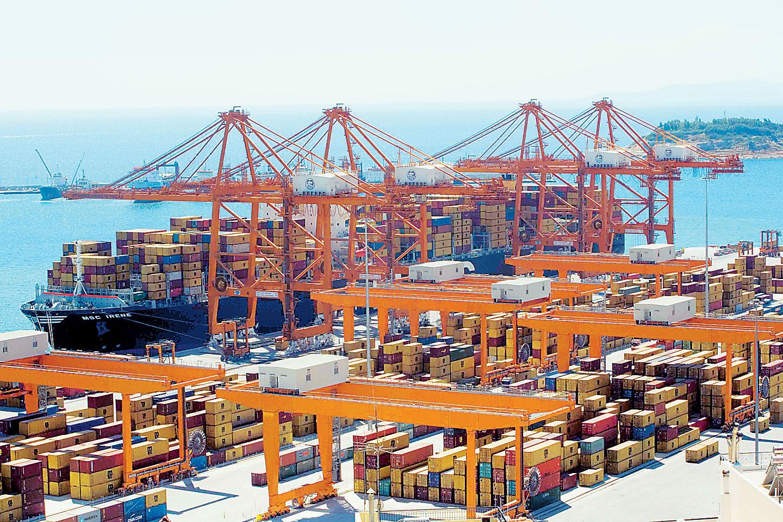 COSCO invests EUR 230 million in Piraeus Port