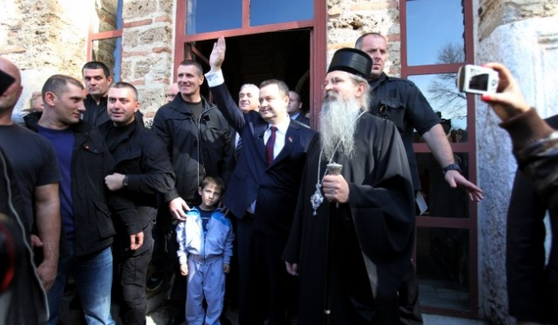 Serb prime minister, Ivica Dacic to hold a visit to Kosovo ahead of the second round of the elections