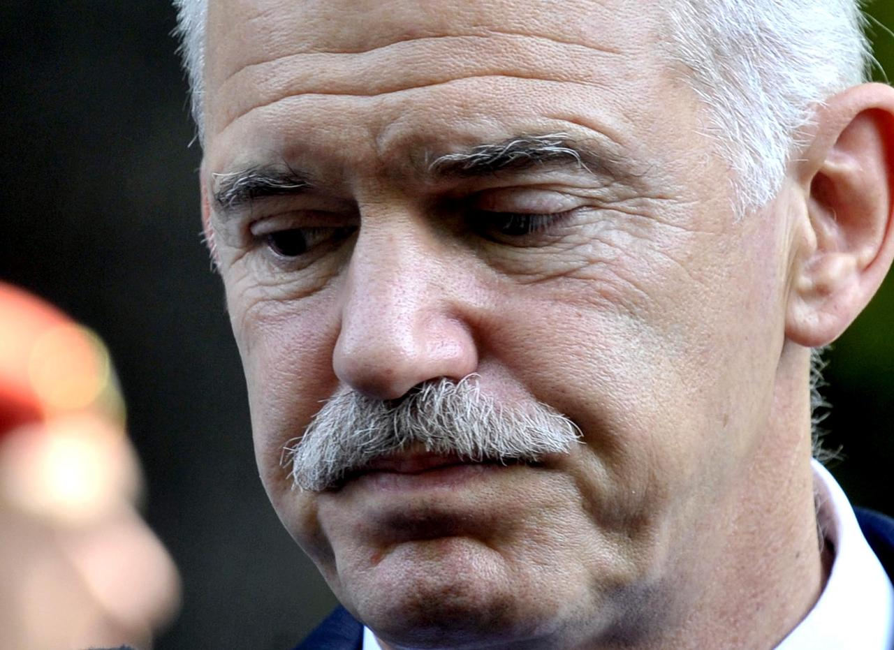 Papandreou visits Gezi Park in Istanbul