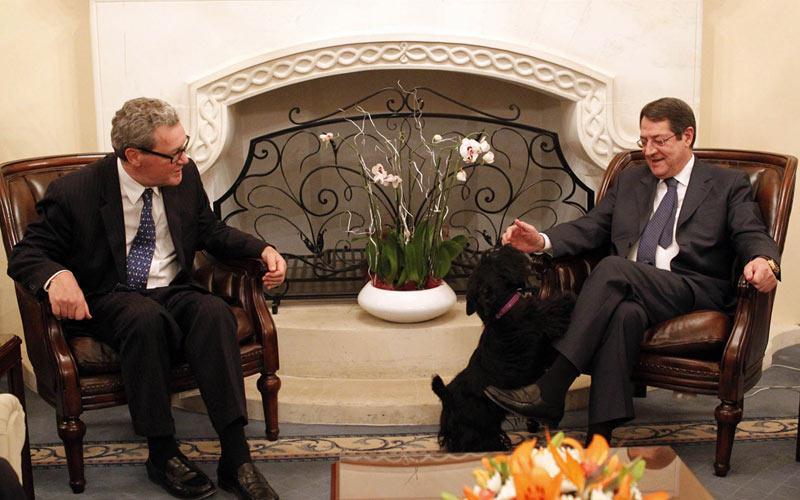 Anastasiades – Downer meeting confirms love long lost