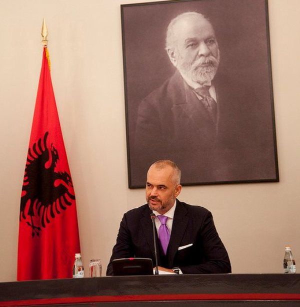 Albanian PM Rama to visit Skopje today
