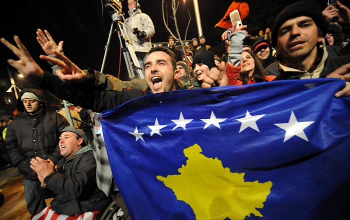 Citizens face growing difficulties, the historical dialogue, the wave of arrests on war crimes, a year in Kosovo