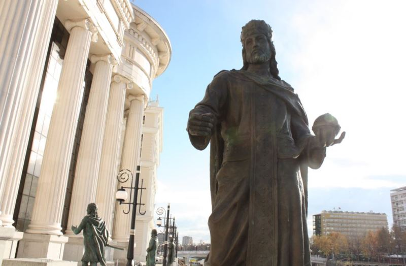 Skopje, municipality allocates 90 thousand Euros for dogs and 19 thousand Euros for Albanians (!)