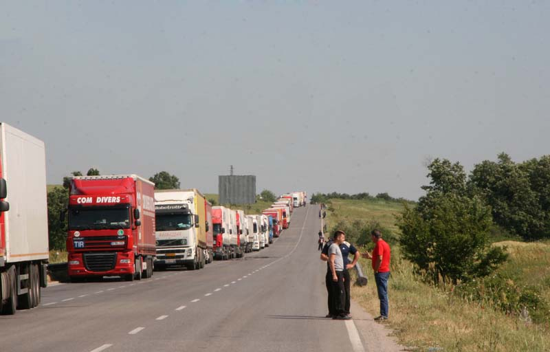 Bulgarian, Turkish road transport bodies to meet in Istanbul over permits problem
