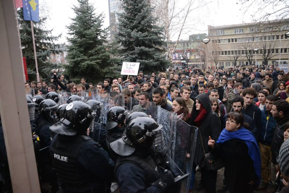 Protests against the dean, opposition demands his resignation