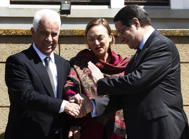 Leaders meet to continue peace talks