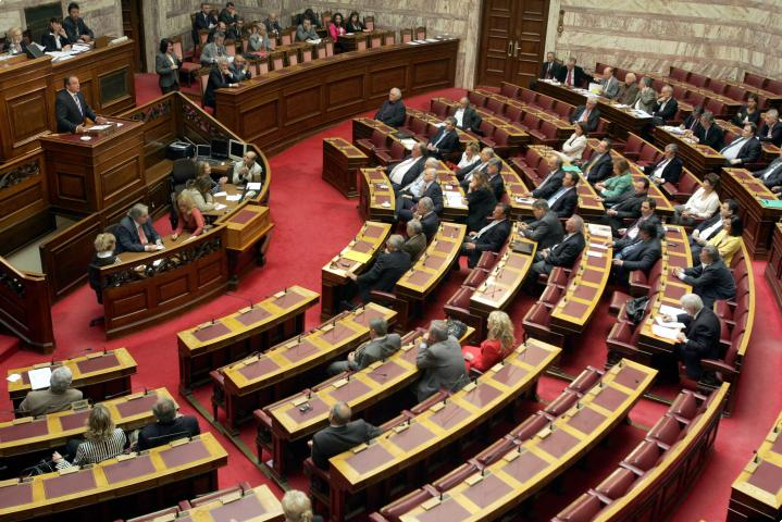 SYRIZA censure motion rejected – discussion over the new multi-bill continues