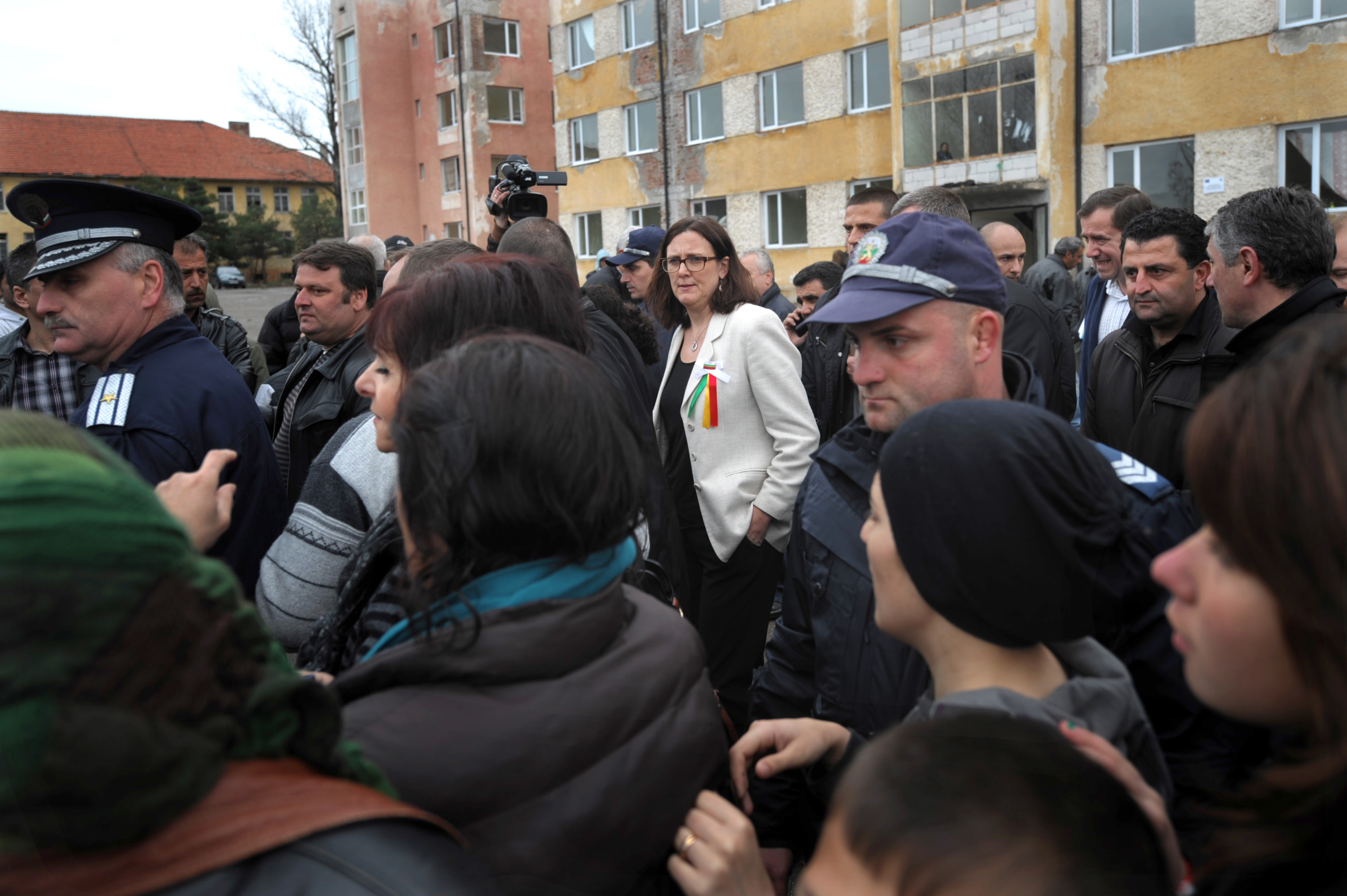 Refugees put demands as European Commissioner Malmström visits Bulgaria's Harmanli shelter