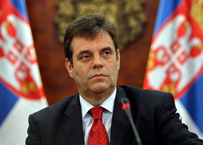 Kostunica`s resignation: Political retirement of last Serbian Euro-skeptic
