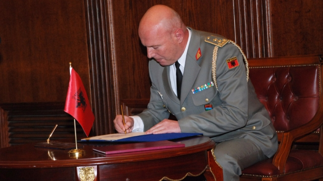 Bazo: The creation of two Albanian armies in the Balkans is a major achievement