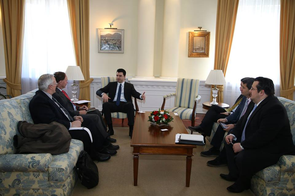 Leader of opposition meets IMF mission: Fiscal package has a negative impact on the Albanian economy