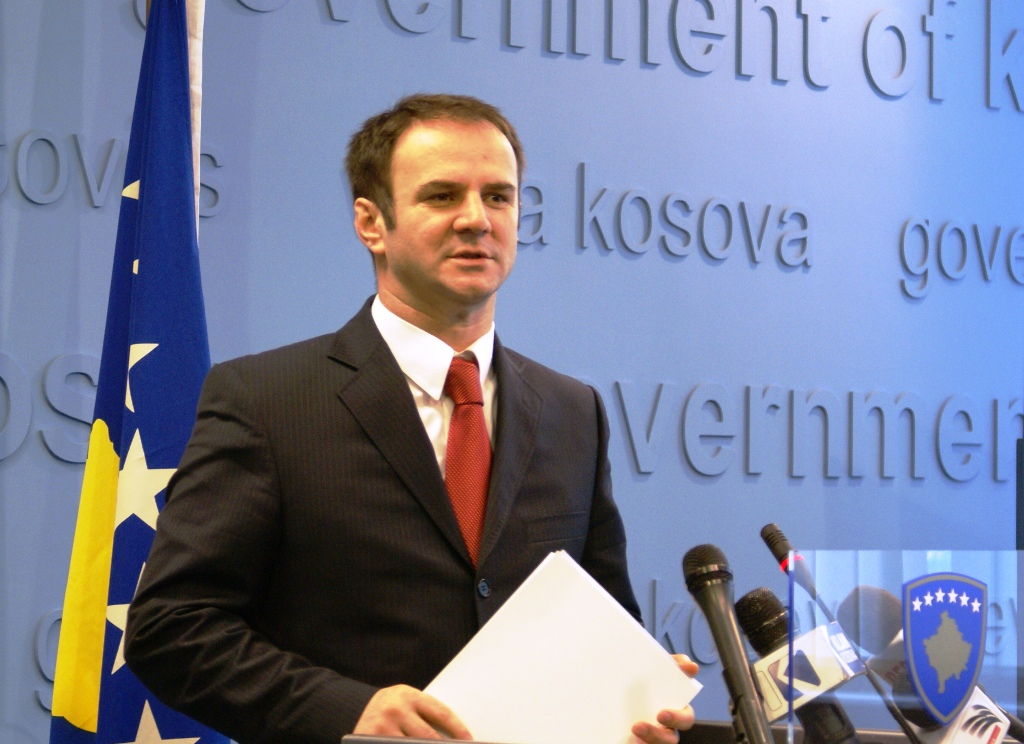 """The government says """"no"""" to a special court outside Kosovo"""