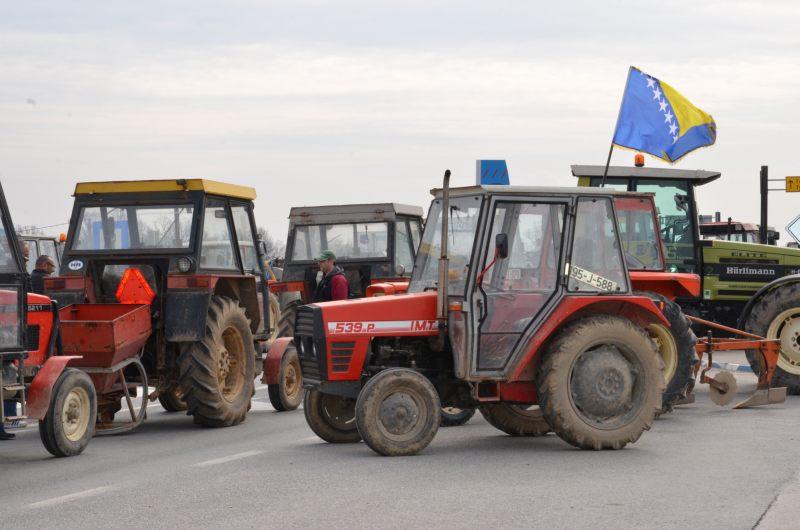 Protests in B&H: Blockade of Border Crossing of Orašje