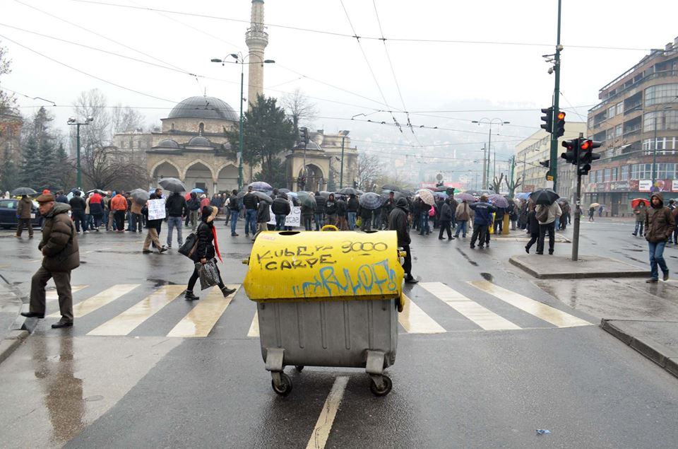 Protests in Sarajevo Joined by Taxi Drivers