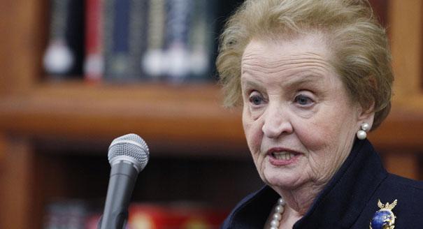Albright: Crimea is not Kosovo