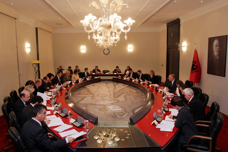 Albanian government revokes taxing fines issued during the electoral period