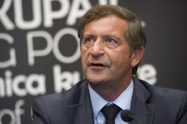 Slovenian FM to take part in emergency EU foreign ministers council on Monday
