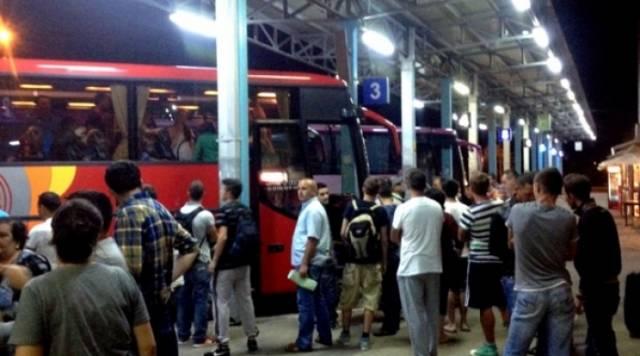 Economic crisis forces Kosovars to abandon the country