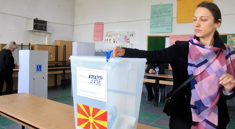 FYROM votes for the president, a quiet process with standards