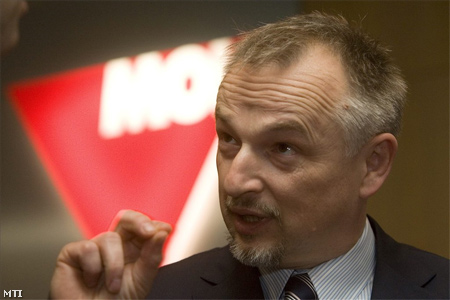 MOL CEO denies accusations of giving kickback to former Croatian PM