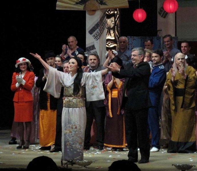 World famous soprano brings back massive public in the Opera of Tirana