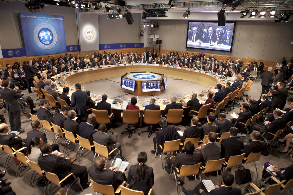 IMF report on Cyprus sees signs of stabilization