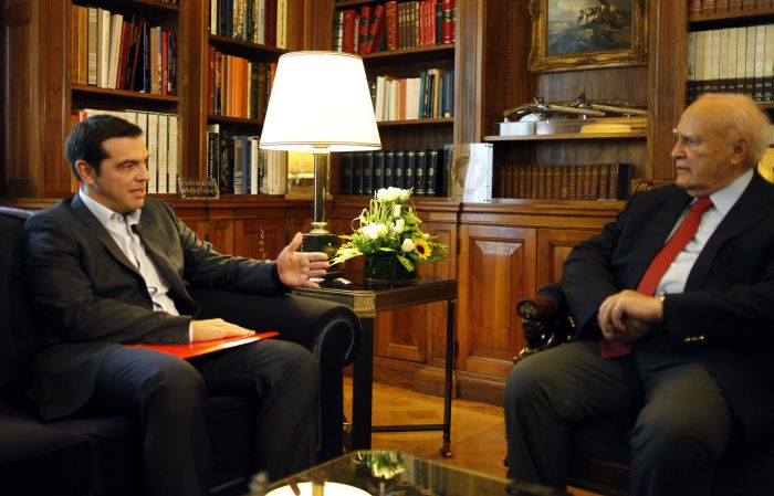 Tsipras demands early general election; PM contemplating cabinet reshuffle
