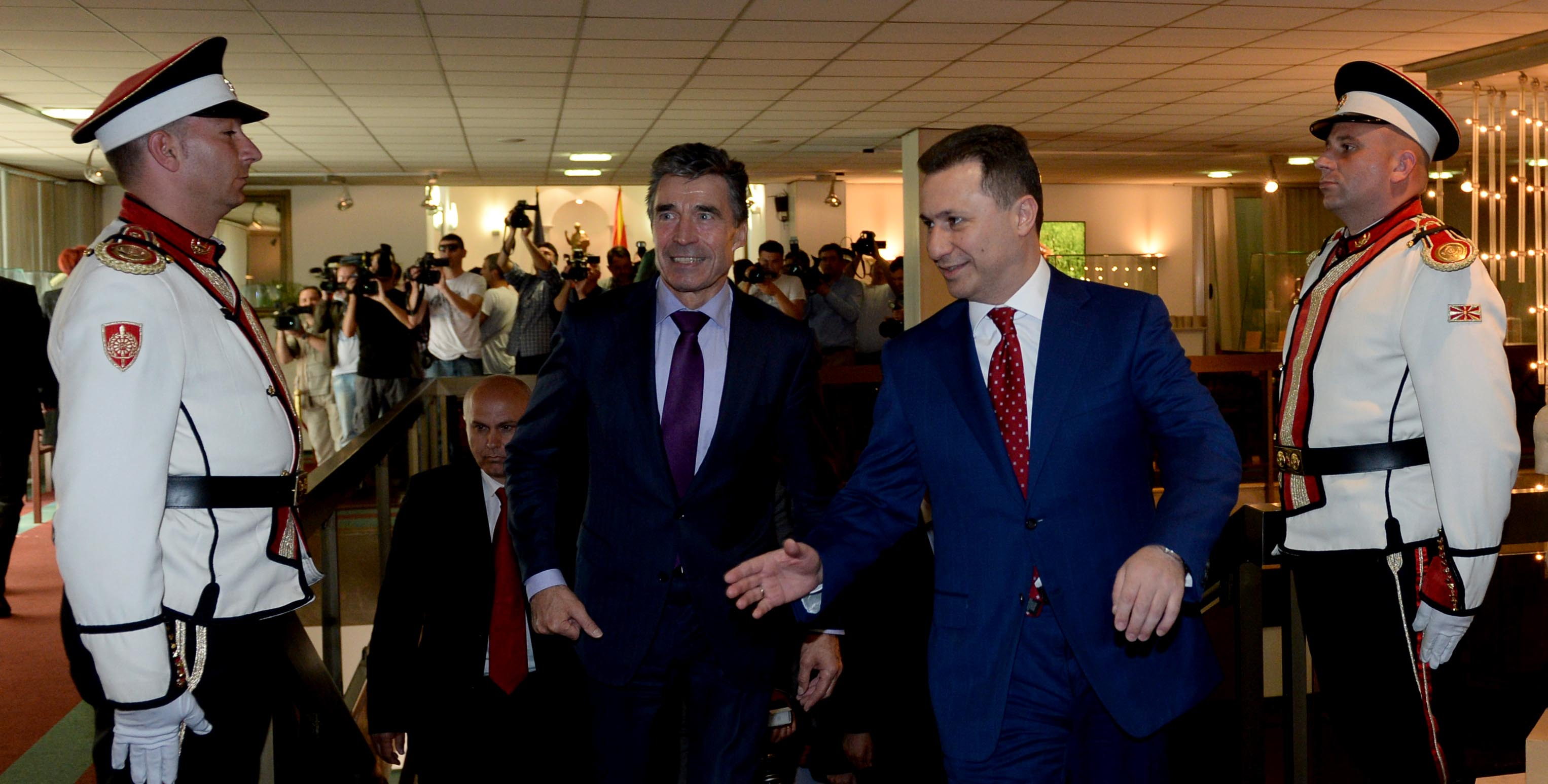 Rasmussen in Skopje: First the solution of the name dispute, then NATO accession