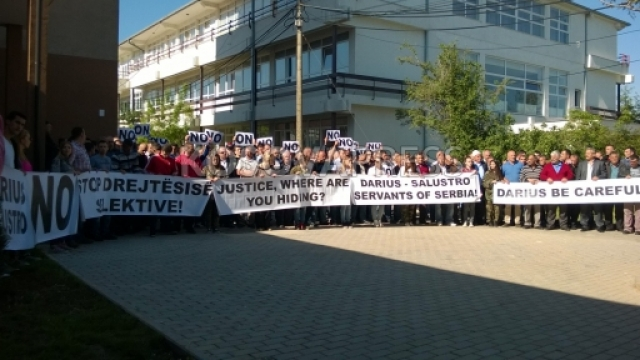 "Protests in Pristina to prevent the arrest of ""Drenica Group"""