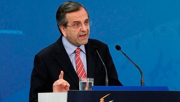 Samaras raises the tones against Tsipras