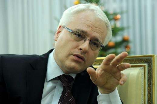 Croatians may not need a visa next year to visit the US says Josipovic