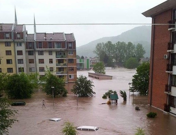 Floods in B&H: dramatic situation in many cities