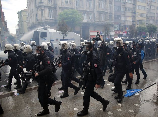 Ninety wounded – 140 arrested on Labour Day in Istanbul