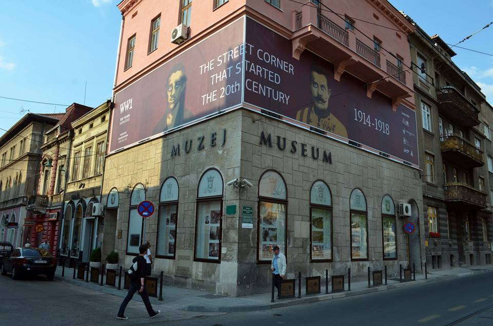 Messages of Peace and Tolerance conveyed through images on Museums of Sarajevo and Vienna