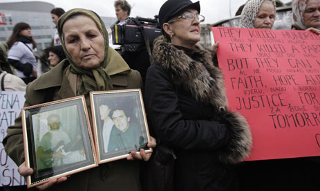 NGO activists and citizens pay tribute to victims of Ahmici
