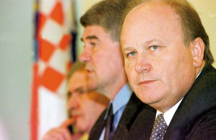 Slavko Linic expelled from SDP with a slim majority