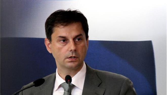 EU Commission deeply concerned at Greek public revenue chief resignation