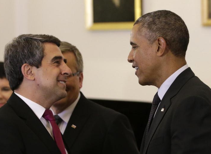 Bulgaria must make clear commitments to energy security and diversification, President Plevneliev says