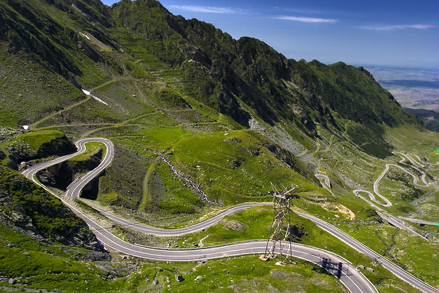 Transalpina high altitude road in Romania to stay closed due to bad weather