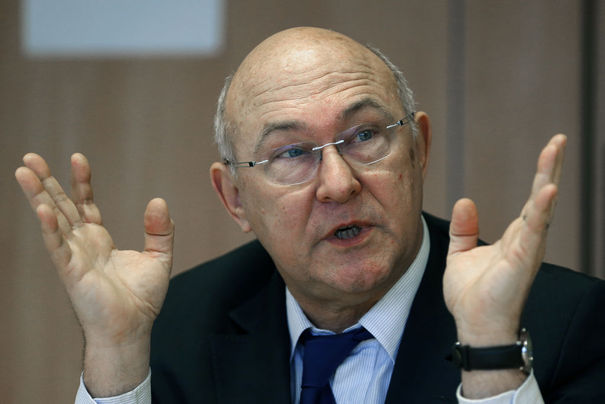Sapin: 'Decisions on Greece will be taken in autumn'